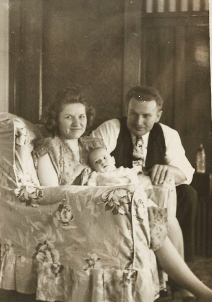 April 1047 George and Betty with son George David Jacobs